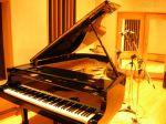 bxk19198_piano-h2o800