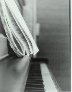 piano_by_blackrosesfall